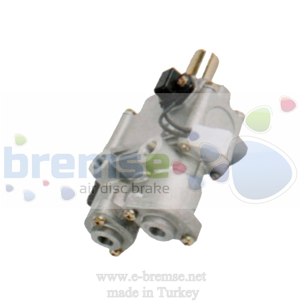 21100 Iveco Foot Brake Valve DX52B DX52BY